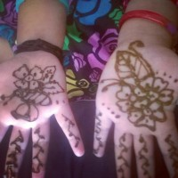 Little hands with mehandi